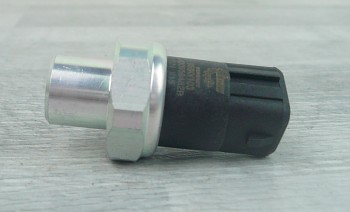 Čidlo tlaku klimatizace AUDI A6 (C5) A8