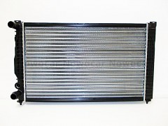 Chladič vody VW PASSAT B5