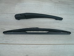 POLCAR Stěrač zadní ramínko - Dacia Duster 58659420 305 mm