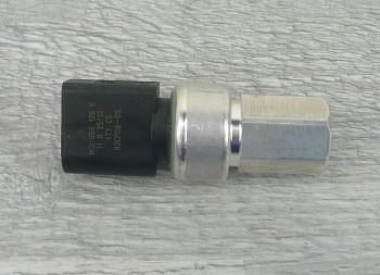 Čidlo tlaku klimatizace VW GOLF IV V VI JETTA III IV