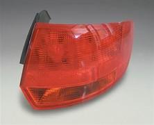 Světlo zadní AUDI A3 8P 5D 03-08 vnější