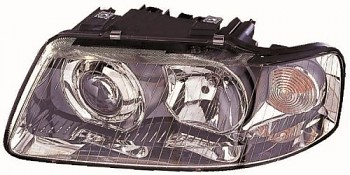 Světlo přední AUDI A3 8L 00-03