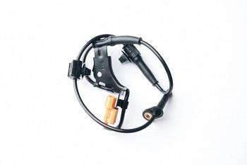 Čidlo ABS přední pravé HONDA CR-V II III 2.0 2.2