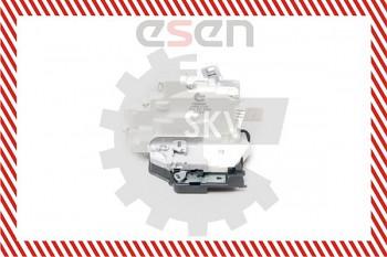 Centrální zámek přední pravý VW PASSAT B6 05-10