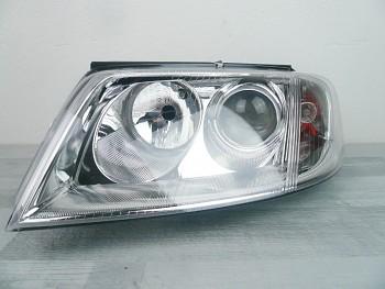 Světlo reflektor přední VW Passat B5 00-05 s motorkem